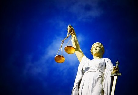 Statut représentant la justice